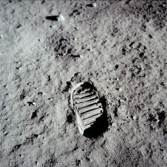 boot print in moon surfacejulio1969